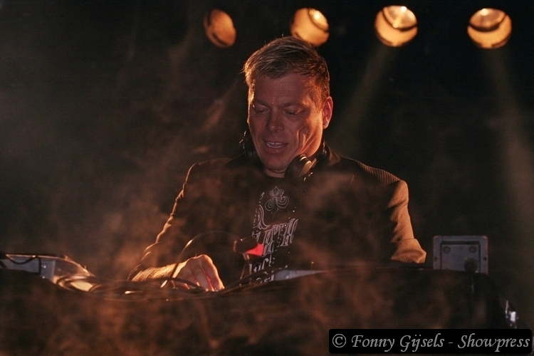 Pat Krimson: Beverse Feesten in Beveren   Showbizzsite